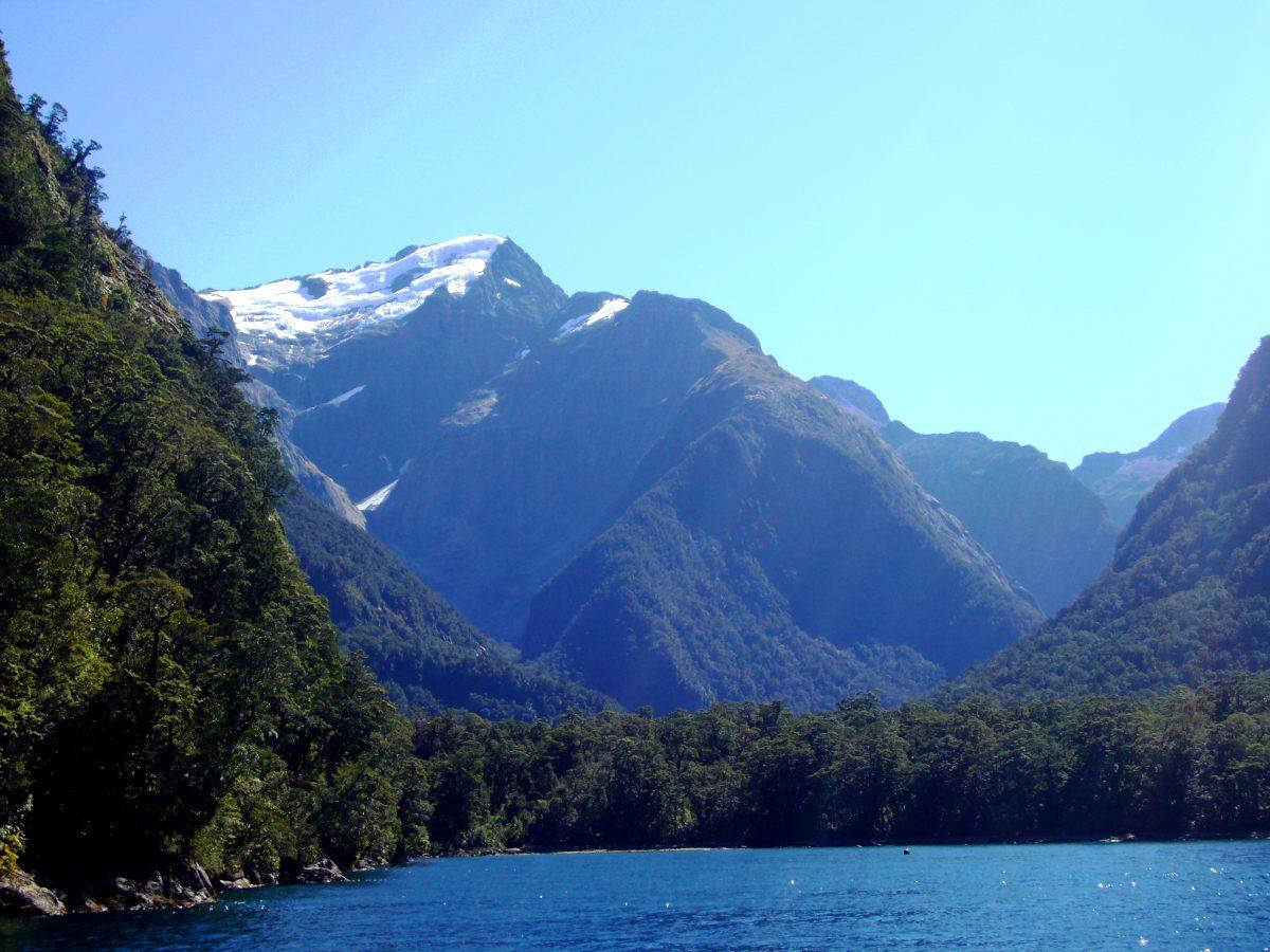 Motorradreisen Neuseeland Motorradurlaub Milford Sound Fjord