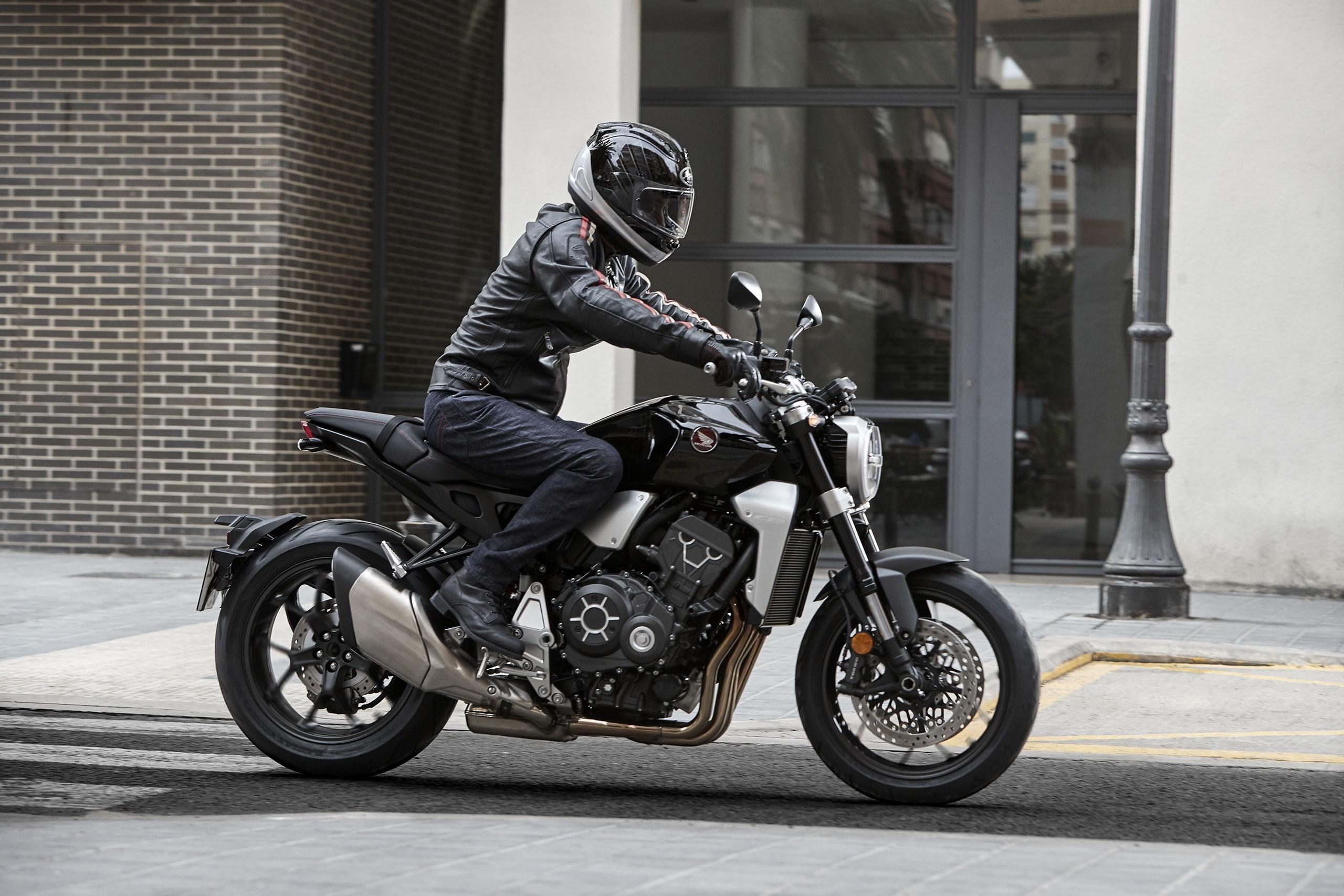 Honda Motorrad CB1000R Sitzposition