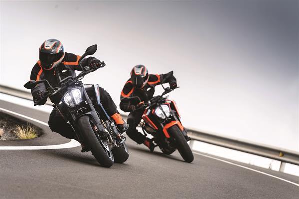 KTM 790 Duke the Scalpel in den Set Ups Style und Race