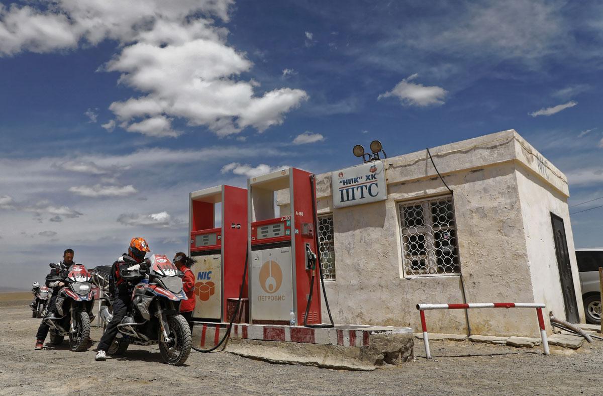Wüste Gobi-Tankstelle-GS Trophy, BMW-Motorrad-Mongolei