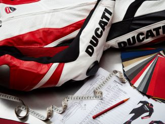 Lederkombi-Ducati-Maßgeschneidert-online-bestellen