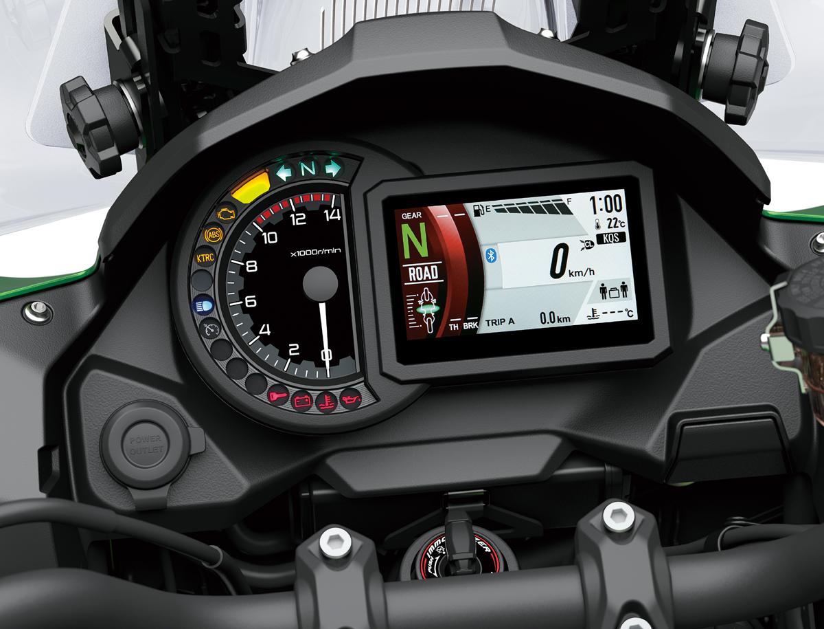 Kawasaki-Versys-1000-Cockpit-TFT-Display