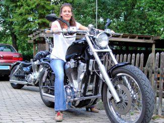 Suzuki-1400-Intruder-Motorrad