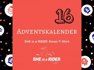 Gewinne eines der exklusiven roten T-Shirts von SHE is a RIDER. Das T-Shirt für die moderne Motorradfahrerin. Mehr Geschenke findest du im Adventskalender.