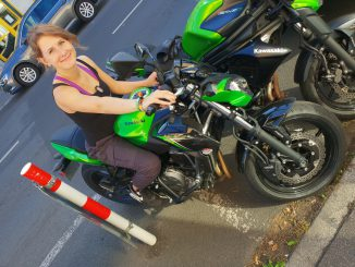 RIDER-of-the-WEEK-Nadine-Kawasaki-650