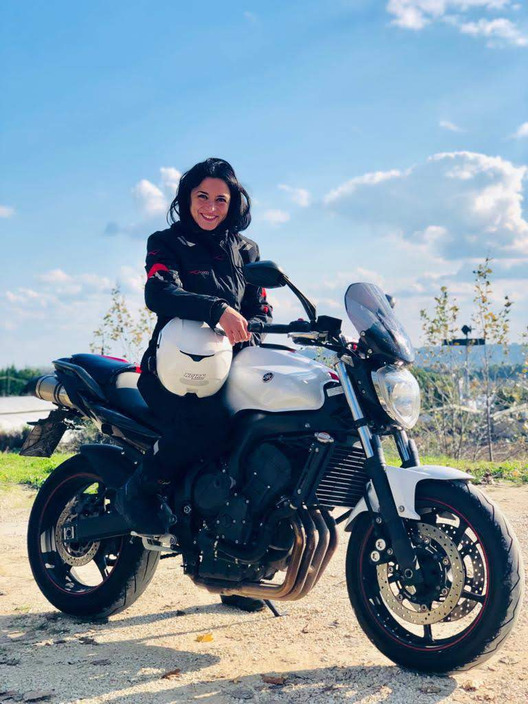 Lucia-LaLux-SHE-is-a-RIDER-Yamaha