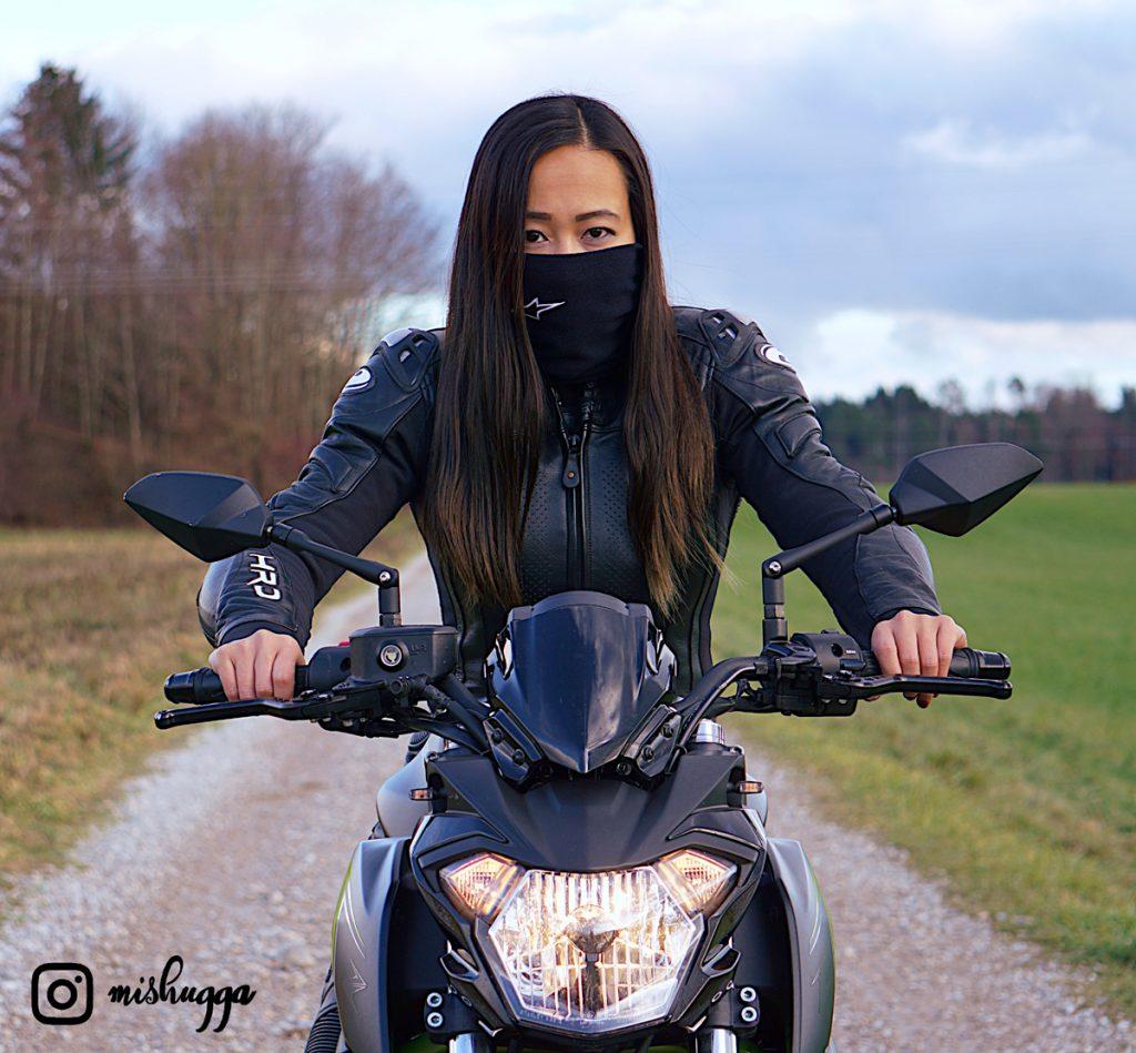 Auf SHE is a RIDER gibt es viele Frauen-Motorrad-Geschichte. Die beliebtesten Geschichten 2019 rund ums Motorrad, erzählt von Frau zu Frau. SHE is a RIDER.