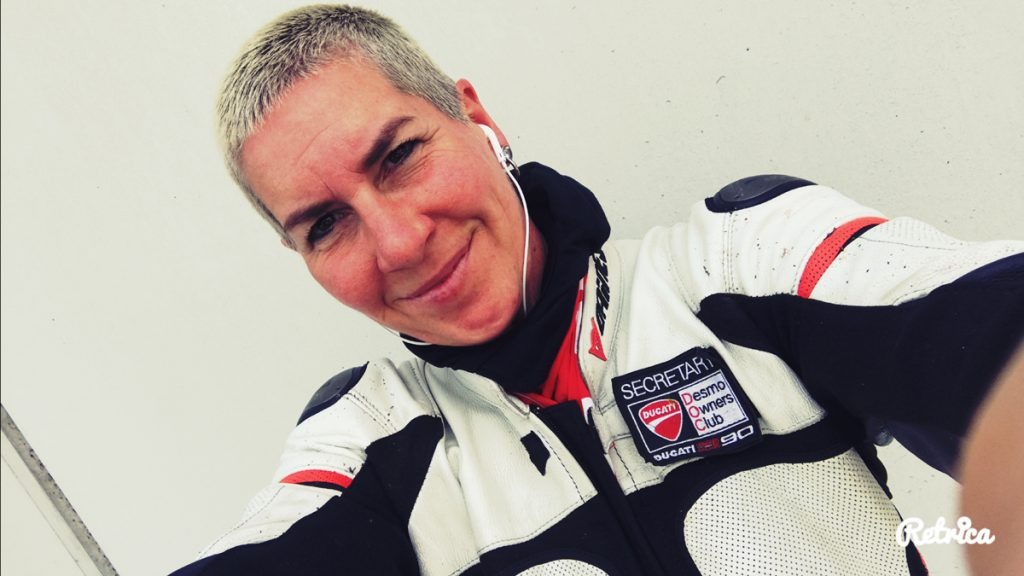Tanja-Dainese-Ducati-Instructor-Rennstrecke-SHE-is-a-RIDER