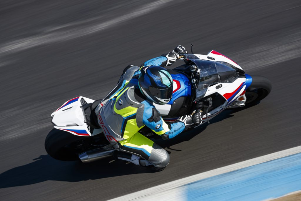 Lederkombi-Pro-Race-Made-to-Measure-Lucy-Gloeckner-BMW-1000-RR
