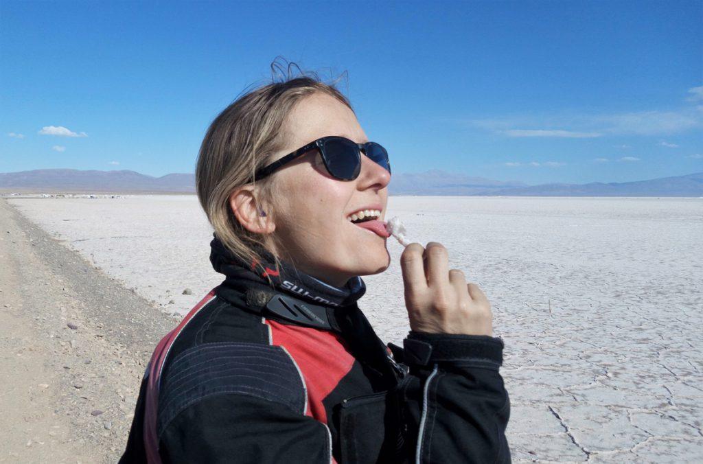 Motorrad-Tour-durch-Bolivien-Salz-lecken-Atacama