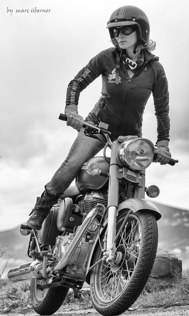 Afrika-Biker-Motorrad-Royal-Enfield-Marc-Isberner