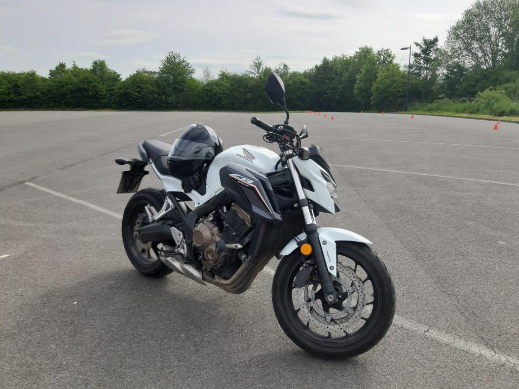 Motorrad-Fühhrerschein in einer Woche. Hier die Honda CB-650-F