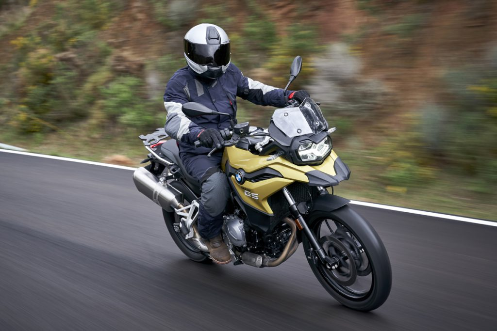 BMW-F750GS-Motorrad-Kurve