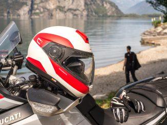 Schuberth C4 Pro Klapphelm auf Ducati