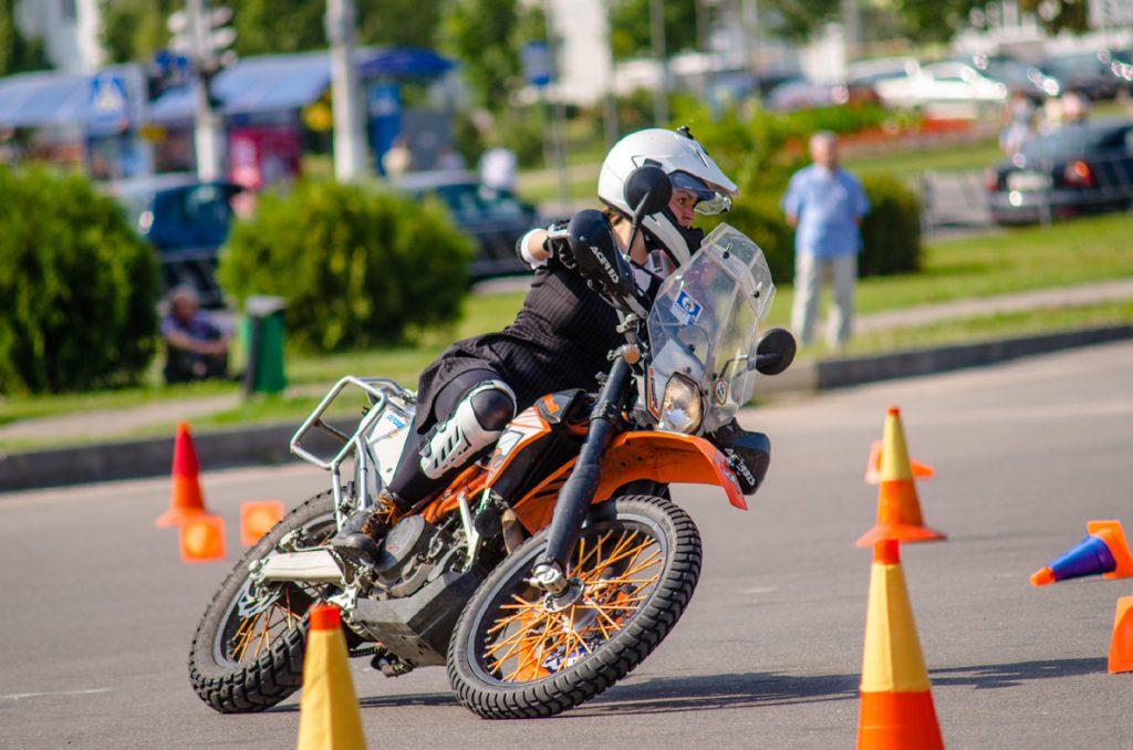 Moto-Gymkhana mit KTM