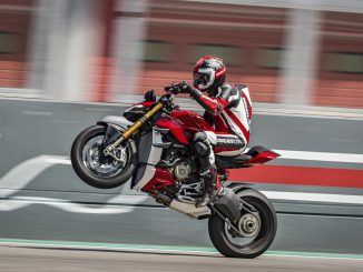 Ducati Streetfighter V4 proudly presents Wheelie Wednesday