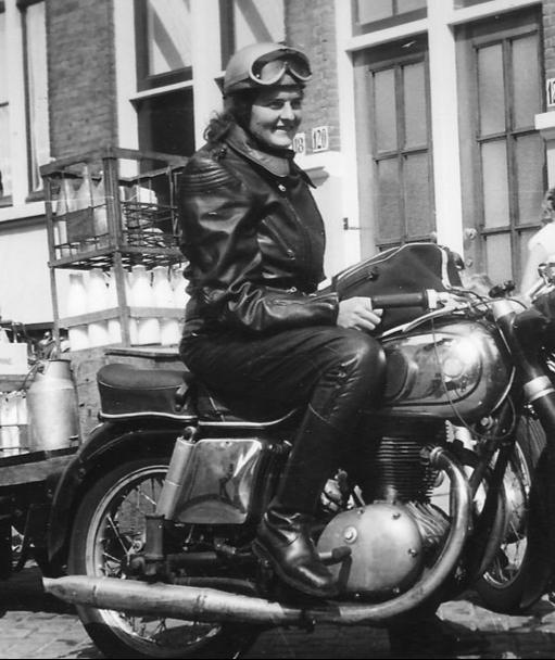 Die Erfolgsgeschichte der internationalen Vereinigung WIMA, Womens International Motorcycle Association, reicht inzwischen 70 Jahre zurück. Hier mehr dazu