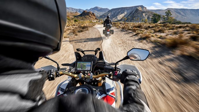 Das Garmin GPS zümo XT führt dich auf und abseits der Straßen sicher an dein Ziel.