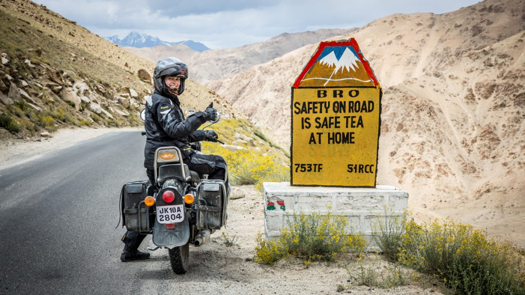 Verkehrsschild im Himalaya