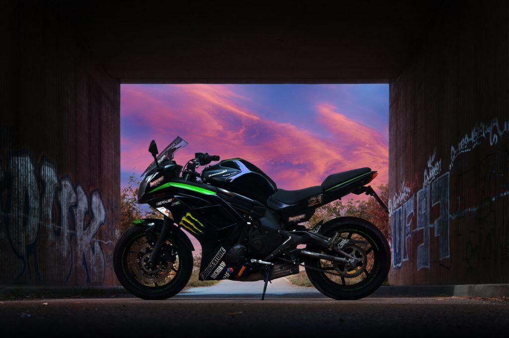 Kawasaki ER-6f ist Janines Traumbike zum Motorradfahren - SHE is a RIDER