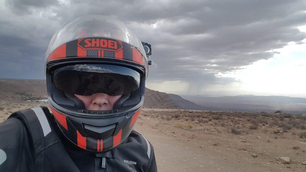 Aufziehendes Unwetter in Südafrika. Hochplateau des Gannaga Passes. Tankwa Karoo.
