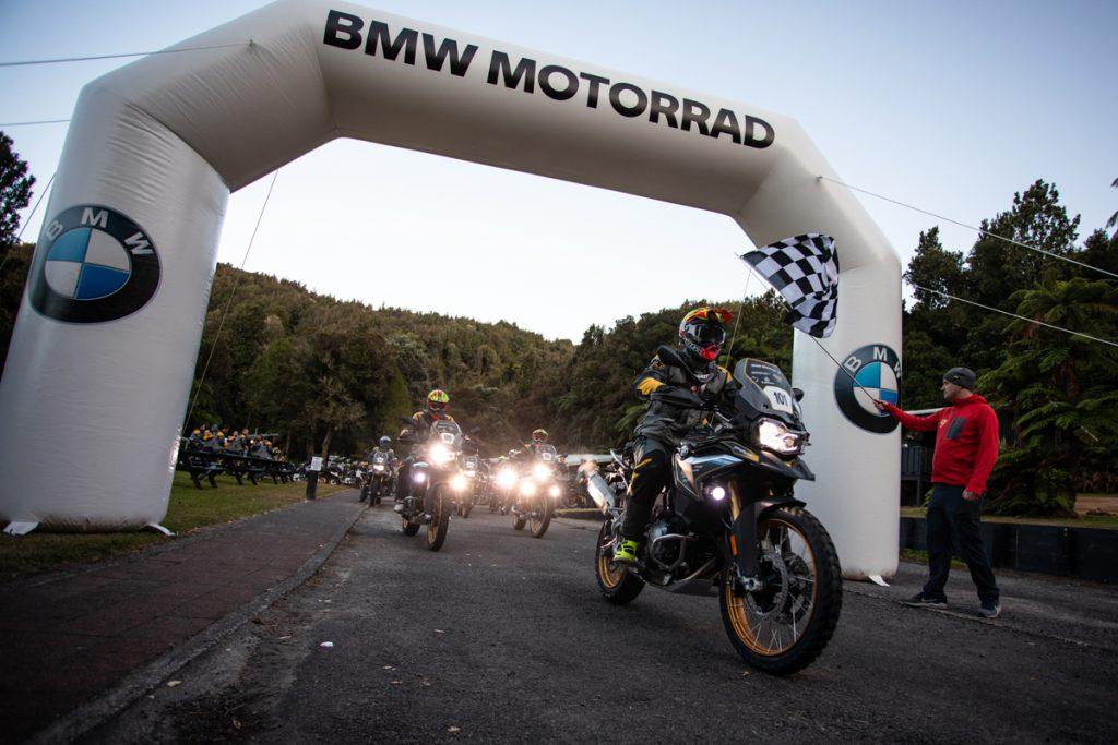 Start zur BMW GS Trophy um 0700Uhr