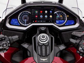 Honda Goldwing Android Auto Cockpit