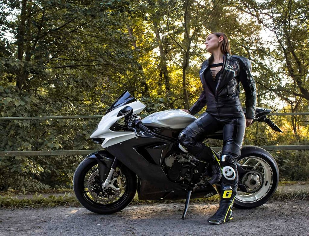Agusta SHE is a RIDER Fine