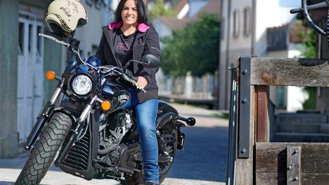 Frauen-Motorradjacke mit Protektoren aus Softshell mit Aramid