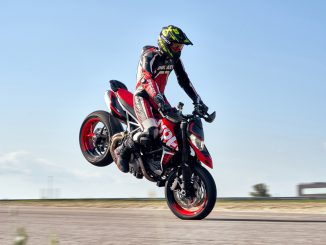 Ducati Hypermotard 950 RVE Stoppie