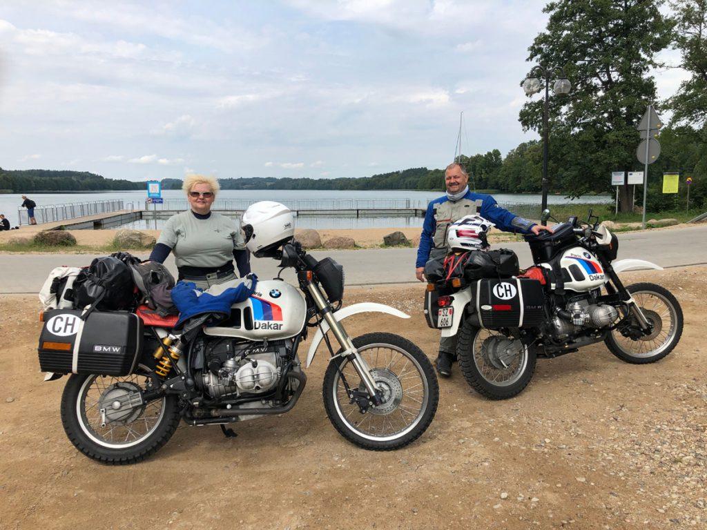 Das ist Mona. Seit mehr als 30 Jahren auf dem Motorrad unterwegs.