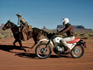 BMW GS im Monument Valley im Jahre 2005