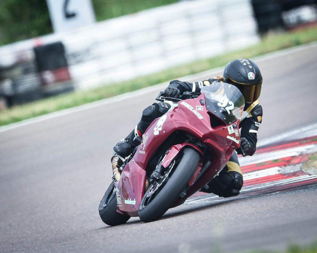 Kawasaki auf der Rennstrecke