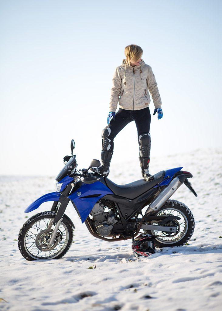 Yamaha im Schnee. Bild: Dana Wagemann