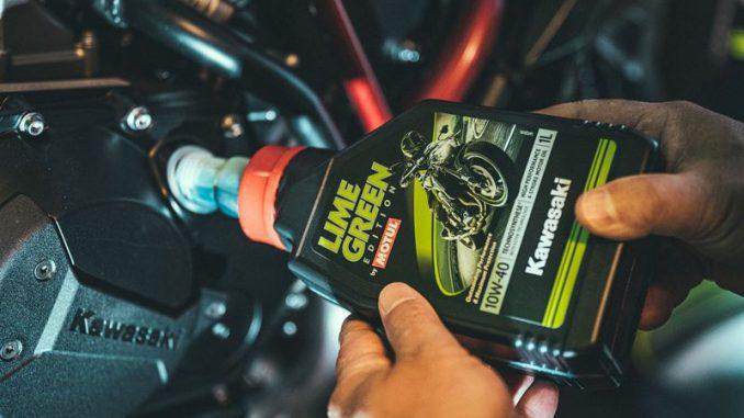 Motul Motorenöl Lime Green Special Edition für Kawasaki Motorräder