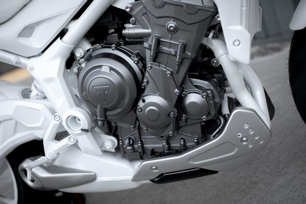 Trident Motorrad mit Triumph Triple Motor