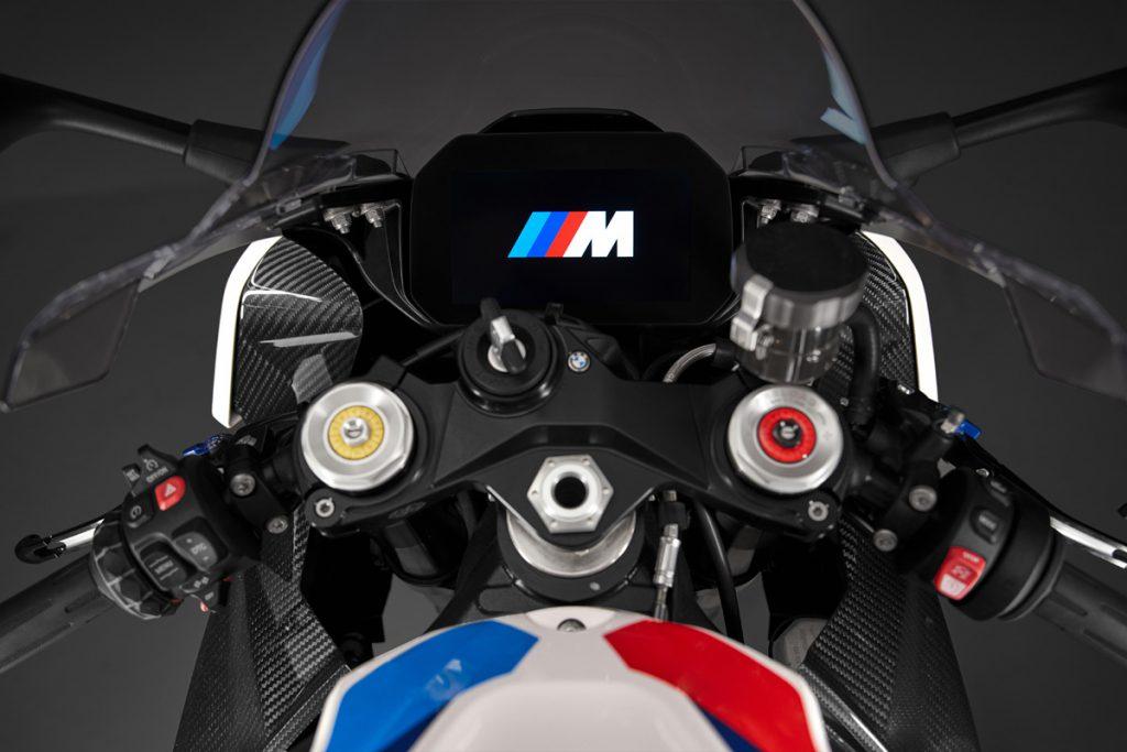 TFT Display an der BMW M 1000RR