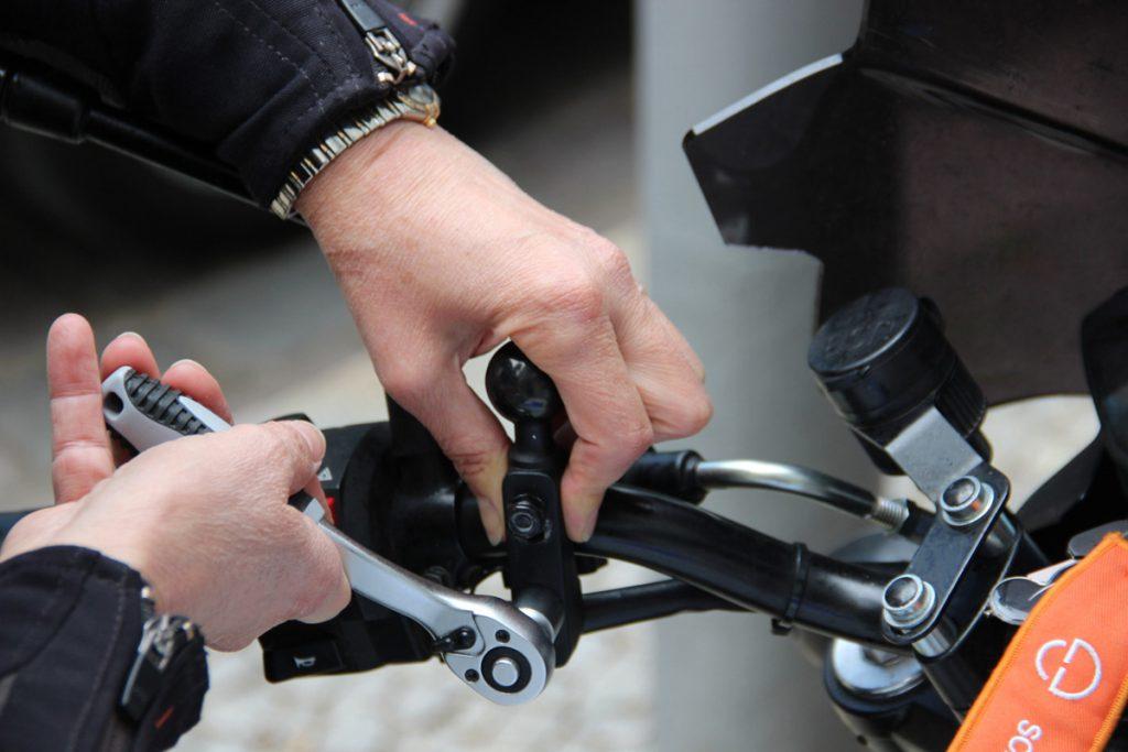 Garmin Zumo XT Montage am Motorrad