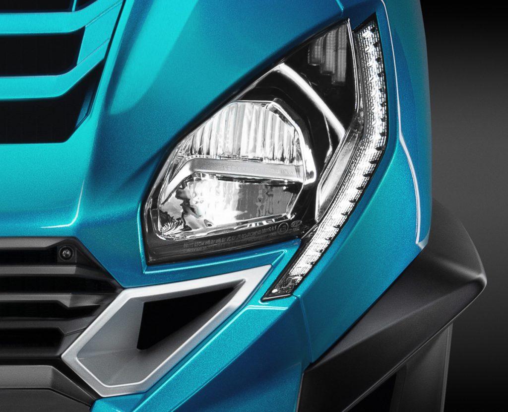 Peugeot Dreiradroller Metropolis Scheinwerfer