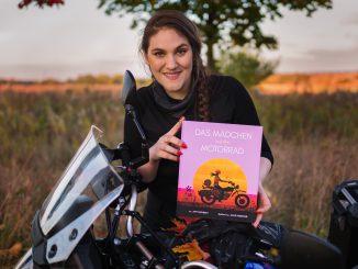 Ein zuckersüßes Buch, besser kann man es nicht sagen. Das Mädchen auf dem Motorrad ist ein Muss für sarke Mädchen und Jungs.