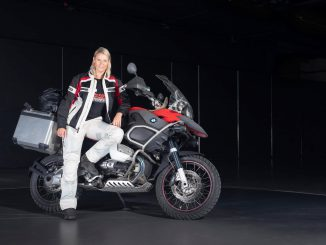 SHE is a RIDER - Tine an BMW GS