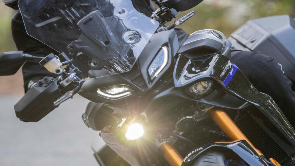 IMU steuert adaptives Kurvenlicht an der Tracer 900 GT