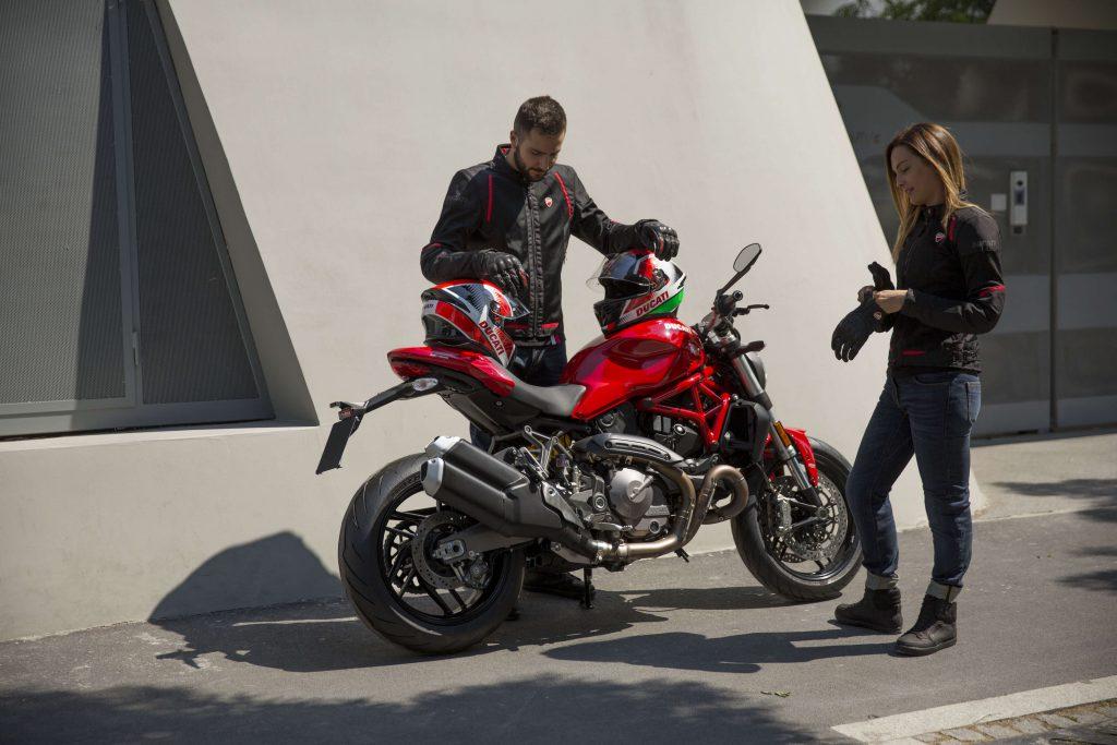 Ducati Motorradjacken Flow für den Sommer