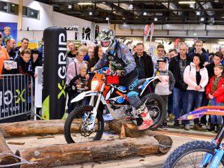 Über 26.000 Motorradfreunde besuchten die SachsenKrad 2020 in Dresden. 18% mehr Besucher als im Vorjahr, Motorsport und jede Menge Neuheiten.