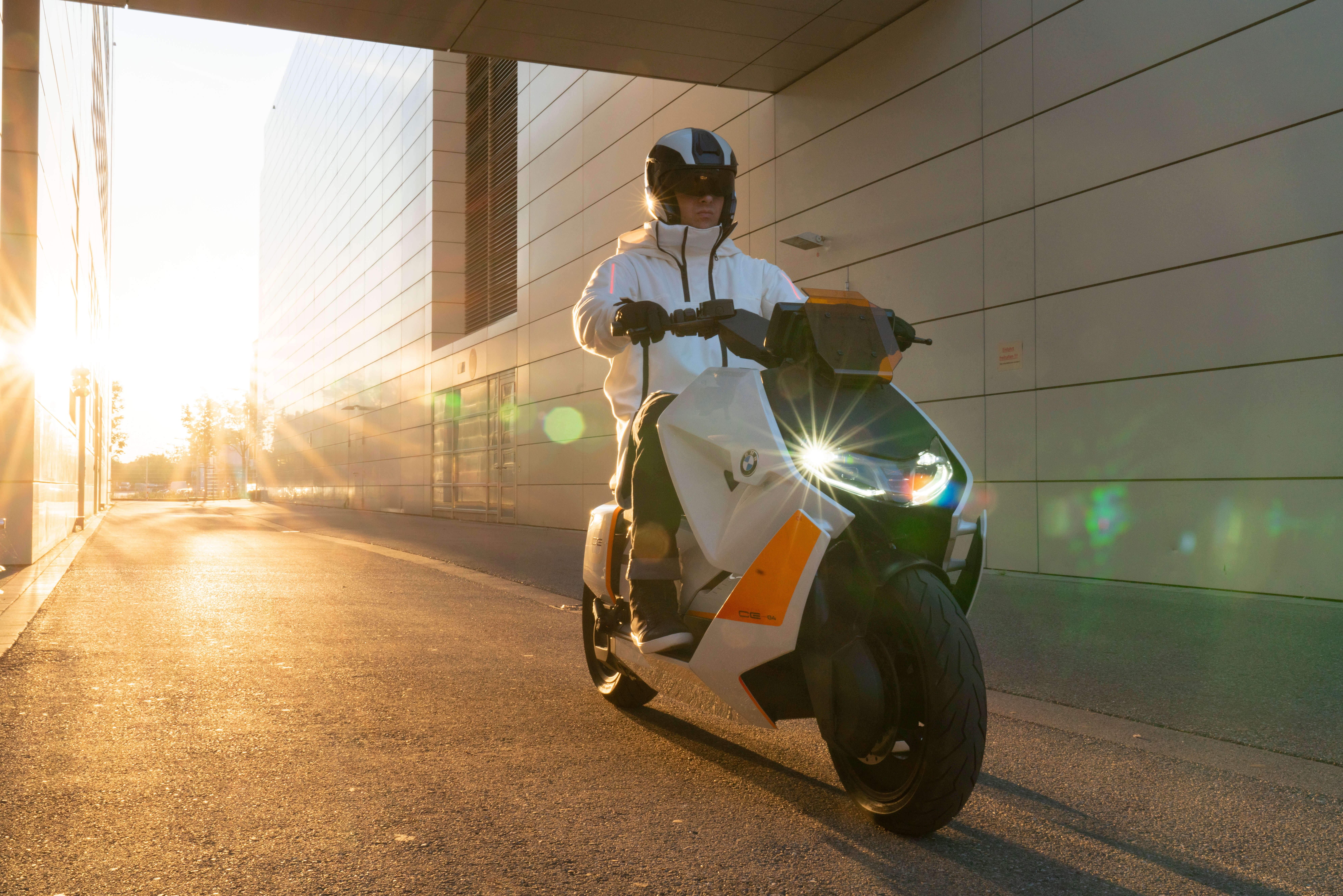 BMW Elektro-Scooter Definition CE 04