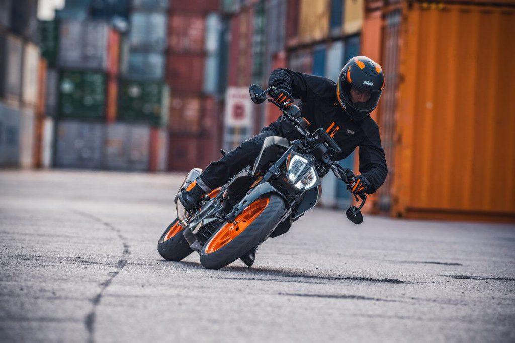 KTM Duke 390 für 2021