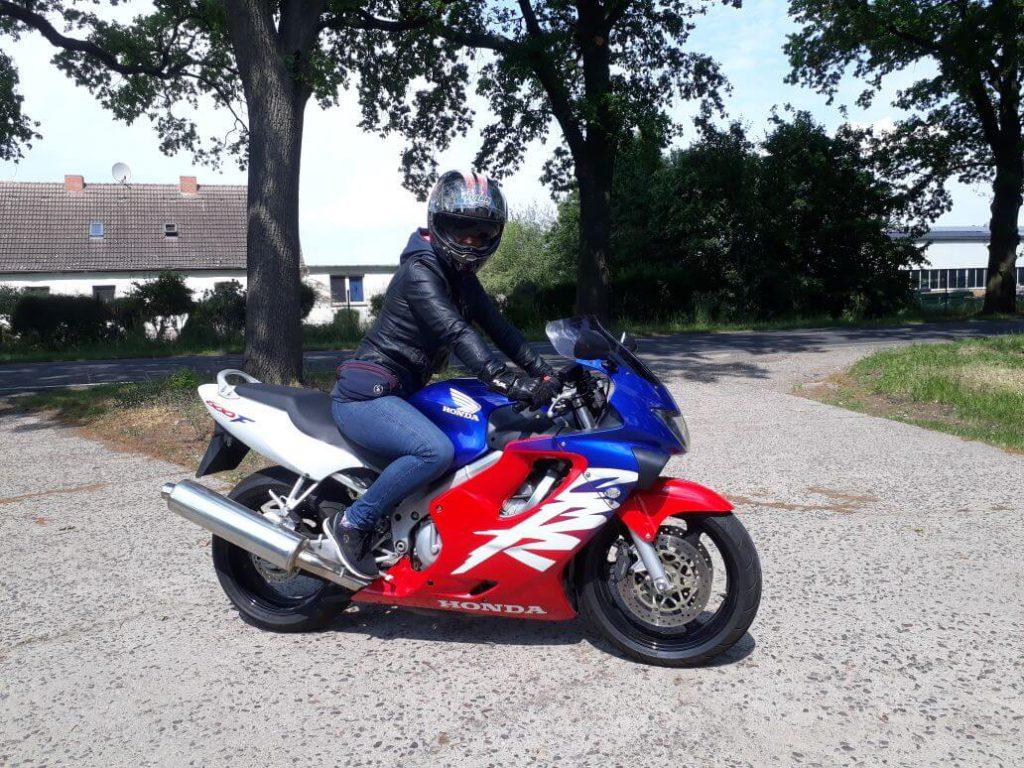 Beruf Motorradfahrerin