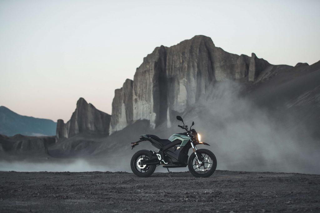Zero bietet Elektromotorräder für Fahrschulen an