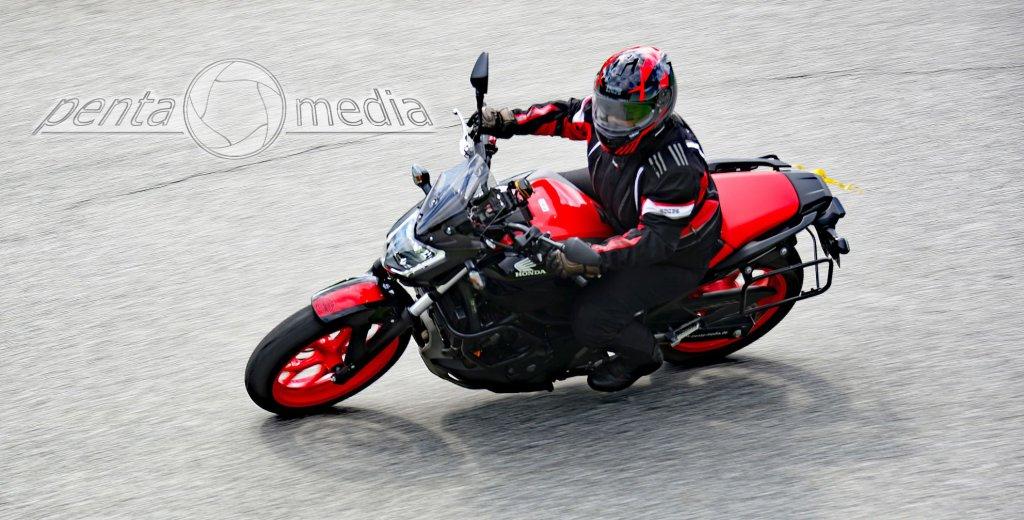 Kurventraining mit Honda