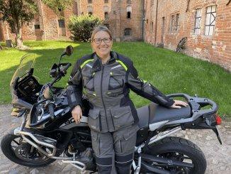 Buese Motorradkombi Porto für Damen im Test auf SHE is a RIDER